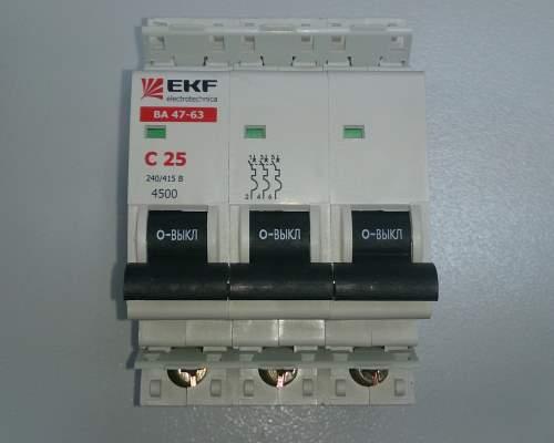 Автоматический выключатель 3п 25А С 4,5кА EKF