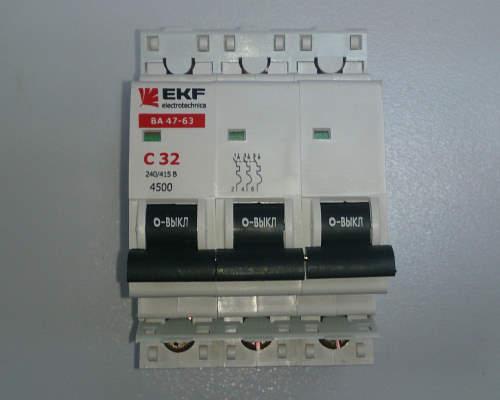 Автоматический выключатель 3п 32А С 4,5кА EKF
