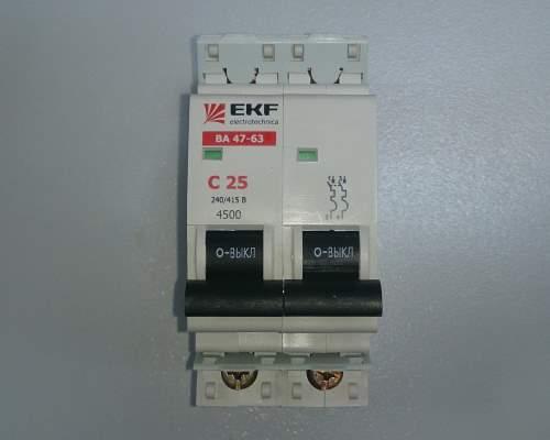 Автоматический выключатель 2п 25А С 4,5кА EKF